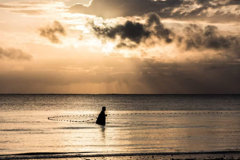 5 Fisher Tips For Fishing From The Shore